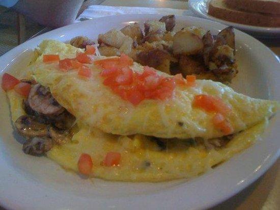 Jason's Cafe: Garden Omelet