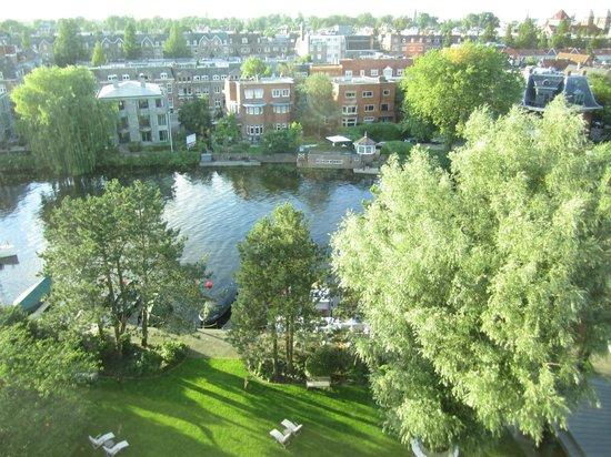 โรงแรมฮิลตัน อัมสเตอร์ดัมโฮเต็ล: Blick aus dem Femster