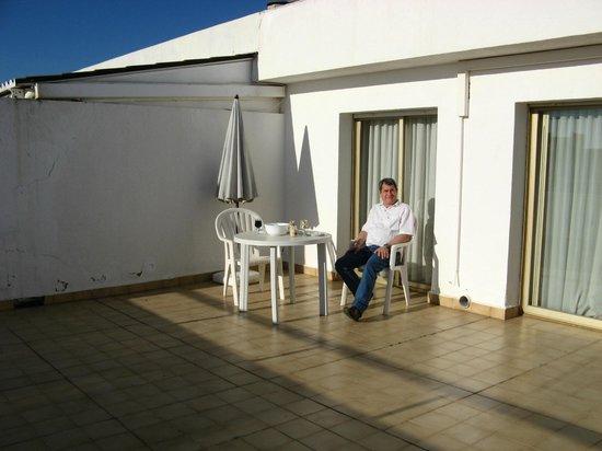Ona Jardines Paraisol: la très grande terrasse