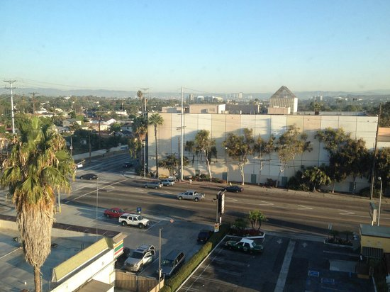 Holiday Inn Express Los Angeles-LAX Airport: View