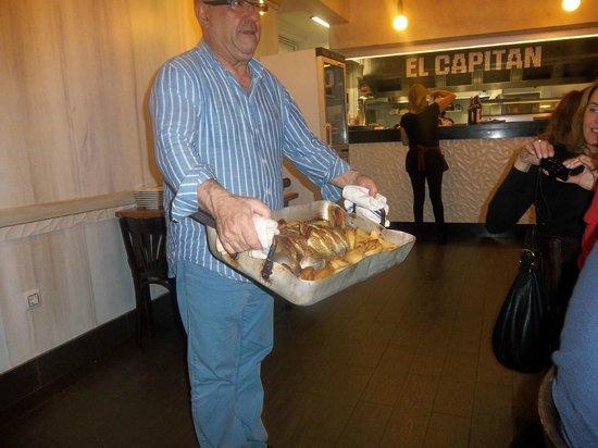 El Capitán - Restaurante: Peixe assado pelo Chef