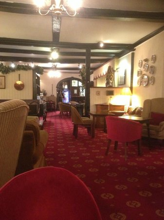 BEST WESTERN Red Lion Hotel: Dining lounge in hotel