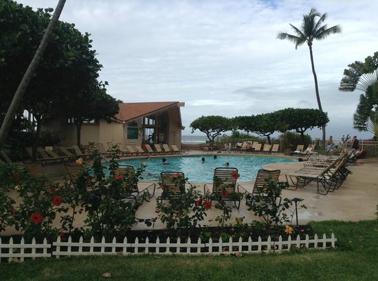 Royal Kahana: View of the Cabana and Pool