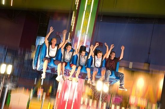 Frankie's Fun Park: Drop Zone