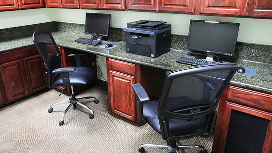 Holiday Inn Express Hotel & Suites Shreveport West: Business Center open 24 hours