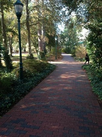 The Carolina Hotel - Pinehurst Resort: Great streets to stroll.