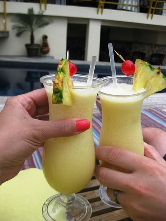 Issimo Suites Boutique Hotel and Spa: Cheers!  (Add your own alcohol from town for better drinks!)