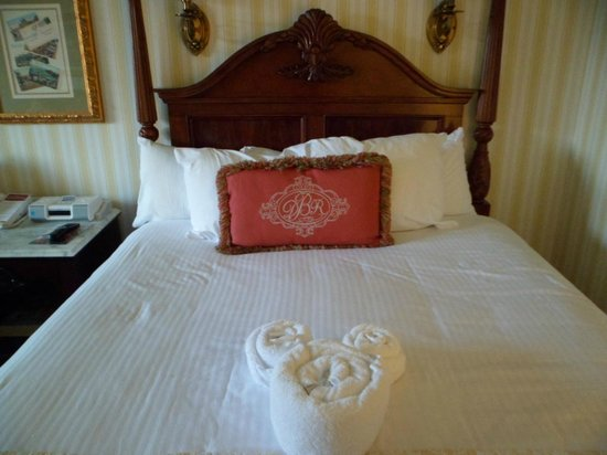 Disney's BoardWalk Inn: One of the double beds