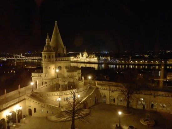 Hilton Budapest: Bedroom view at night, with Parliament in background