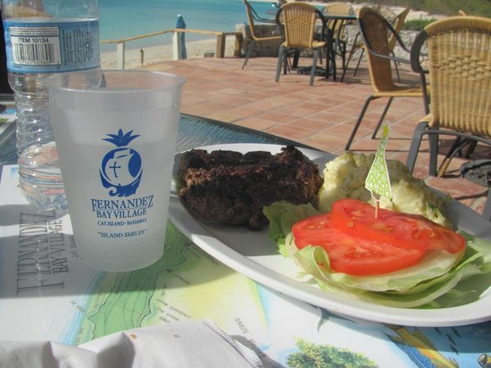 Fernandez Bay Village: Lunch in Paradise