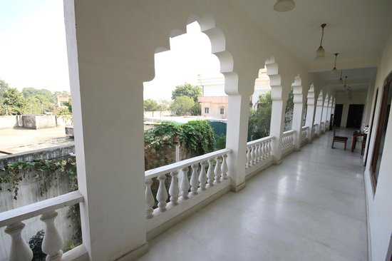 Rajasthan Palace Hotel: View from our door