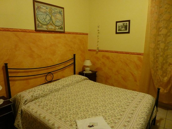 Cerdena Rooms Guest House - Bed and Breakfast : Single room