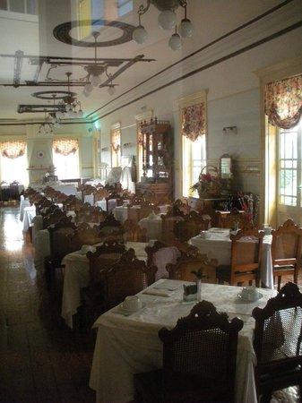 Grande Hotel de Paris: dining room