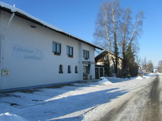 Erkheimer Landhaus: Outside of Gasthof