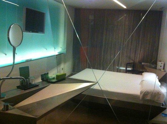 Planta 4 habitacion desde el ba o picture of silken for Hotel silken puerta america plantas
