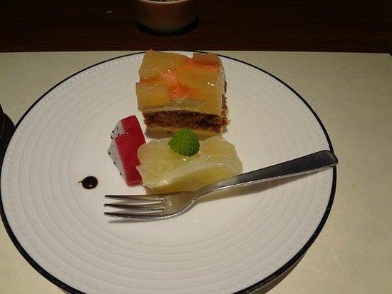 Hotel Ryugu: 夕食のデザート