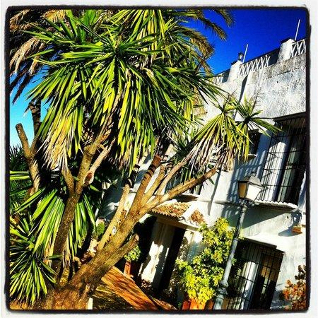 Hacienda La Vereda: Outside building of our room
