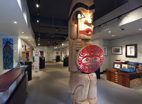 Skwachays Lodge: Urban Aboriginal Fair Trade Gallery - located within the Skwachays Healing Lodge