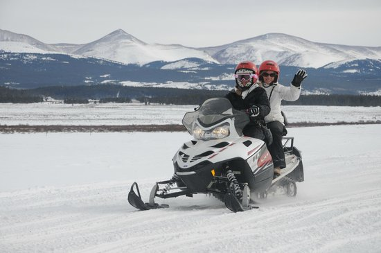 White Mountain Tours - Snowmobile