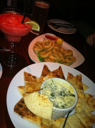 Firegrill Restaurant & Bar: Spinach Dip.