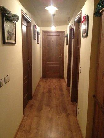 Casa Martin: Entrada, habitaciones y pasillo