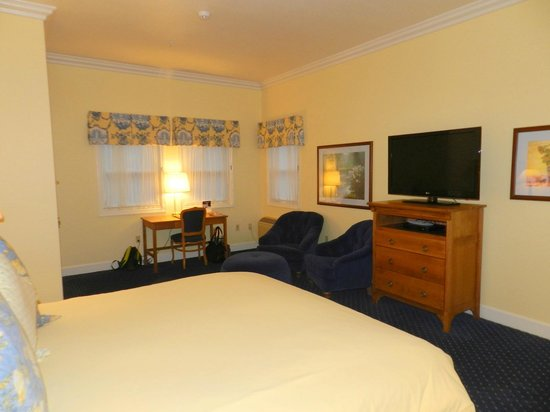 Best Western Plus Elm House Inn : Annex Room