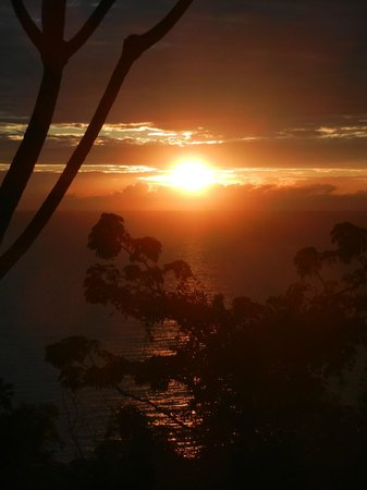 Anamaya Resort & Retreat Center: sunrise from Gaia!!