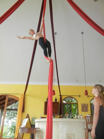 Anamaya Resort & Retreat Center : you can learn the silks:)