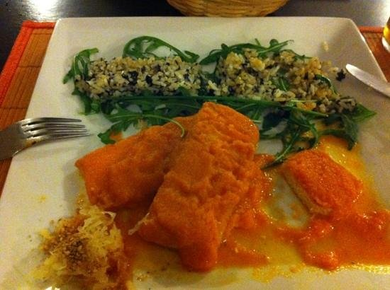 Vegetariano El Calafate: tofu steaks with a sweet pepper and carrot sauce