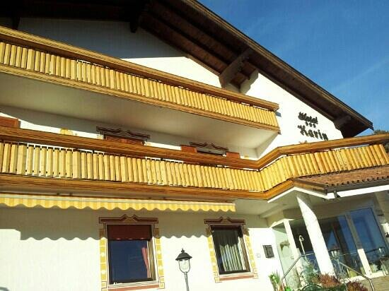 Hotel Karin: la facciata
