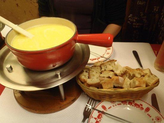 Le Refuge des Fondus: cheese fondue