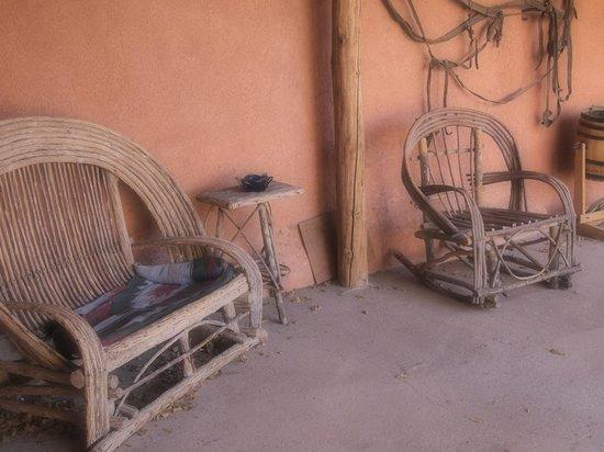 هاسيندا فارجاس: Courtyard Sitting Area Hacienda Vargas