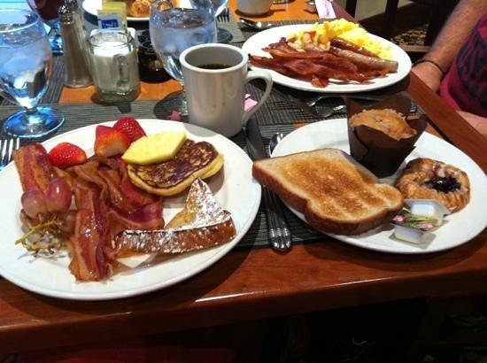 Hilton Lisle / Naperville: breakfast !