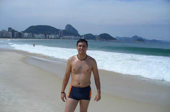 Orla Copacabana Hotel: Copacabana, frente al hotel
