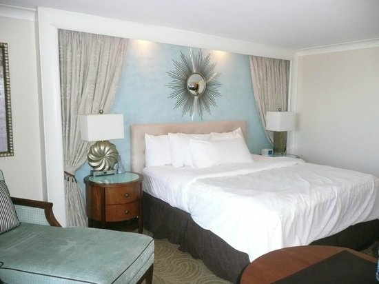 One Ocean Resort & Spa: King Deluxe room 