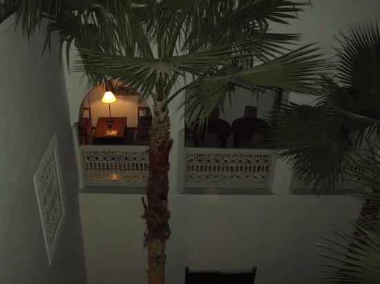 Riad Vert Marrakech: library/ lounge area