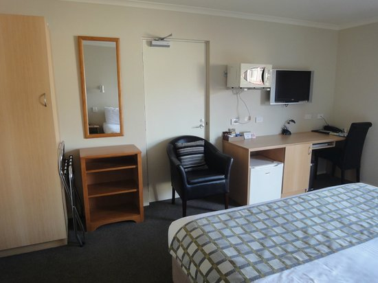 BEST WESTERN 555 On Bayview: apartment # 17