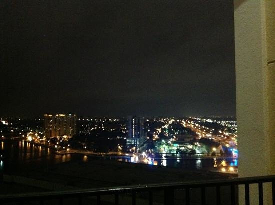 Embassy Suites by Hilton Tampa - Downtown Convention Center: view at night