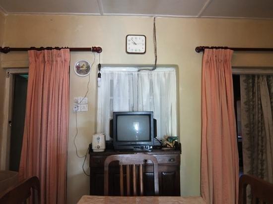 Hill Safari Eco Lodge Ohiya: eating room