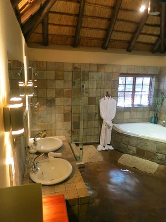 Elephant Plains Game Lodge 사진