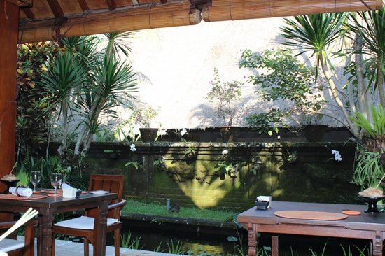 Warwick Ibah Luxury Villas & Spa: where we enjoyed a lovely breakfast every morning