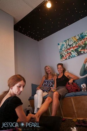 Valley Isle Day Spa: Enjoy a pedicure with friends