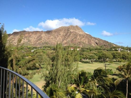 Lotus Honolulu at Diamond Head: diamond head view from room