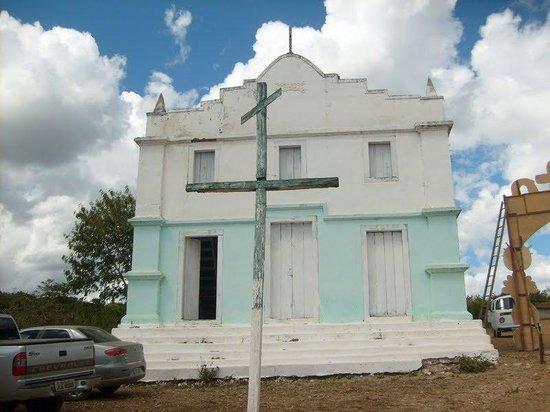Cândido Sales, BA: Igreja no Porto de Santa Cruz a 12km da sede