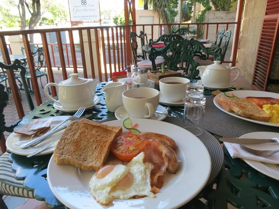 88 Baron van Reede Guesthouse: Amazing breakfast