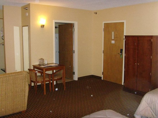 Comfort Inn Mechanicsburg/Harrisburg - South: Huge Suite