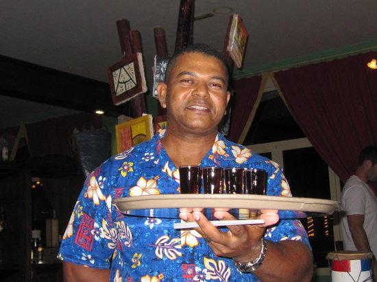 Majestic Colonial Punta Cana: Frank - Dominican Restaurant `Amazing Shooters`