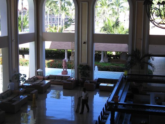 Majestic Colonial Punta Cana: Top of lobby photo