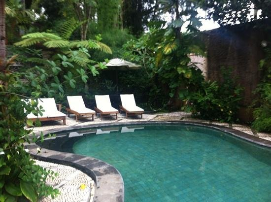 Graha Moding Villas: Pool area