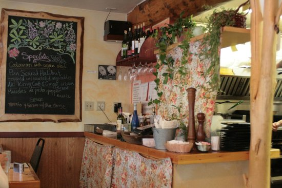 Wildflower Cafe: The Bar